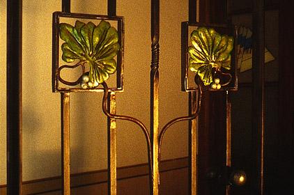Porta in ferro battuto stile Liberty-3