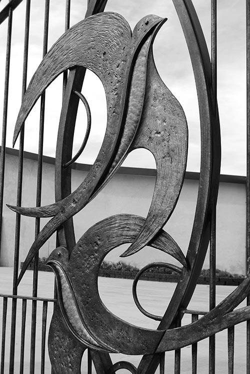 Cancello con rondini-4