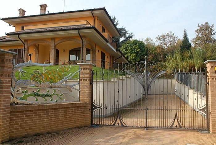 Cancello e cancellata Villa Alice-0