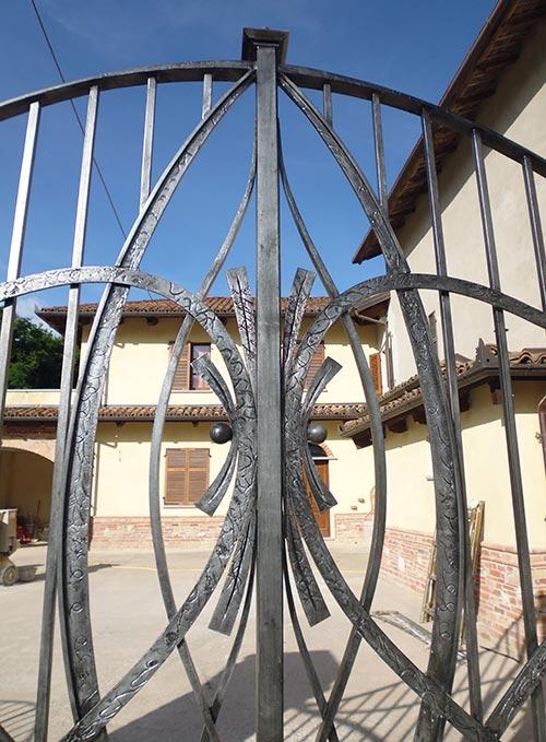 Cancello moderno forgiato-3